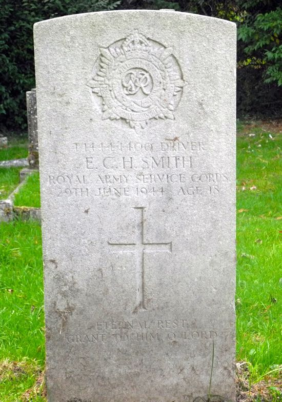 Photograph of The grave of Driver, Ernest Charles Smith  Image by the North Mymms History Project, released under Creative Commons BY-NC-SA 4.0