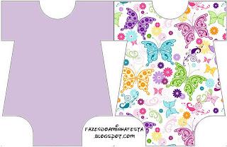 Tarjeta de mariposas con forma de body de bebé.