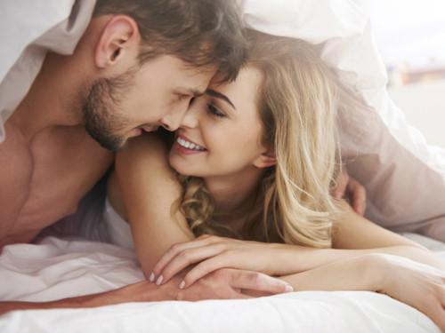 Sau khi đạt cực khoái, ở đàn ông và phụ nữ lại có những phản ứng rất khác nhau