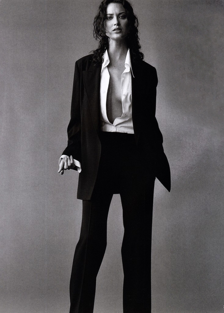 Shalom Harlow in Linear Equation / Vogue UK September 1997 (photography: Tom Munro, styling: Kate Phelan, hair: Sam McKnight, makeup: Lisa Eldridge) via www.fashionedbylove.co.uk british fashion blog