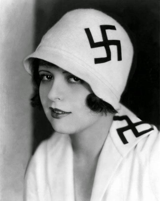 sombrero de gran suastica