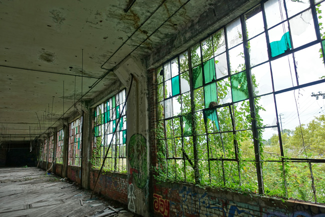 Abandoned Joseph Feiss Clothcraft factory and Menlo Park Academy