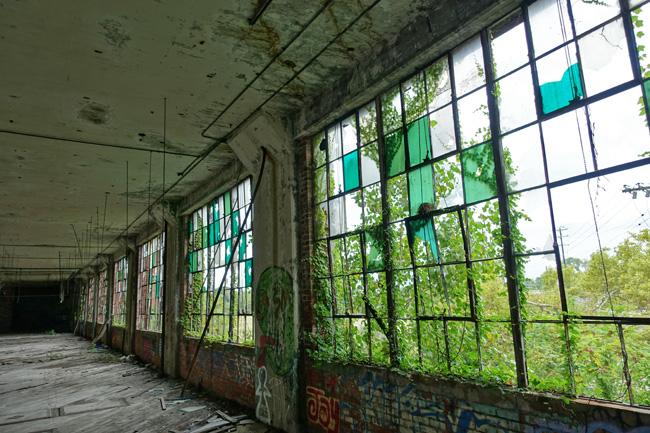 Abandoned Joseph Feiss Clothcraft factory and Menlo Park Academy
