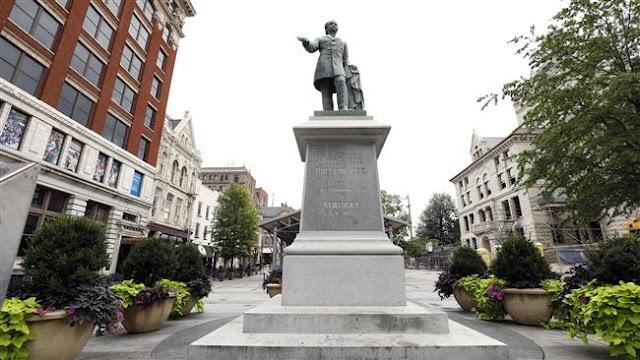 American protesters topple Durham Confederate statue in North Carolina