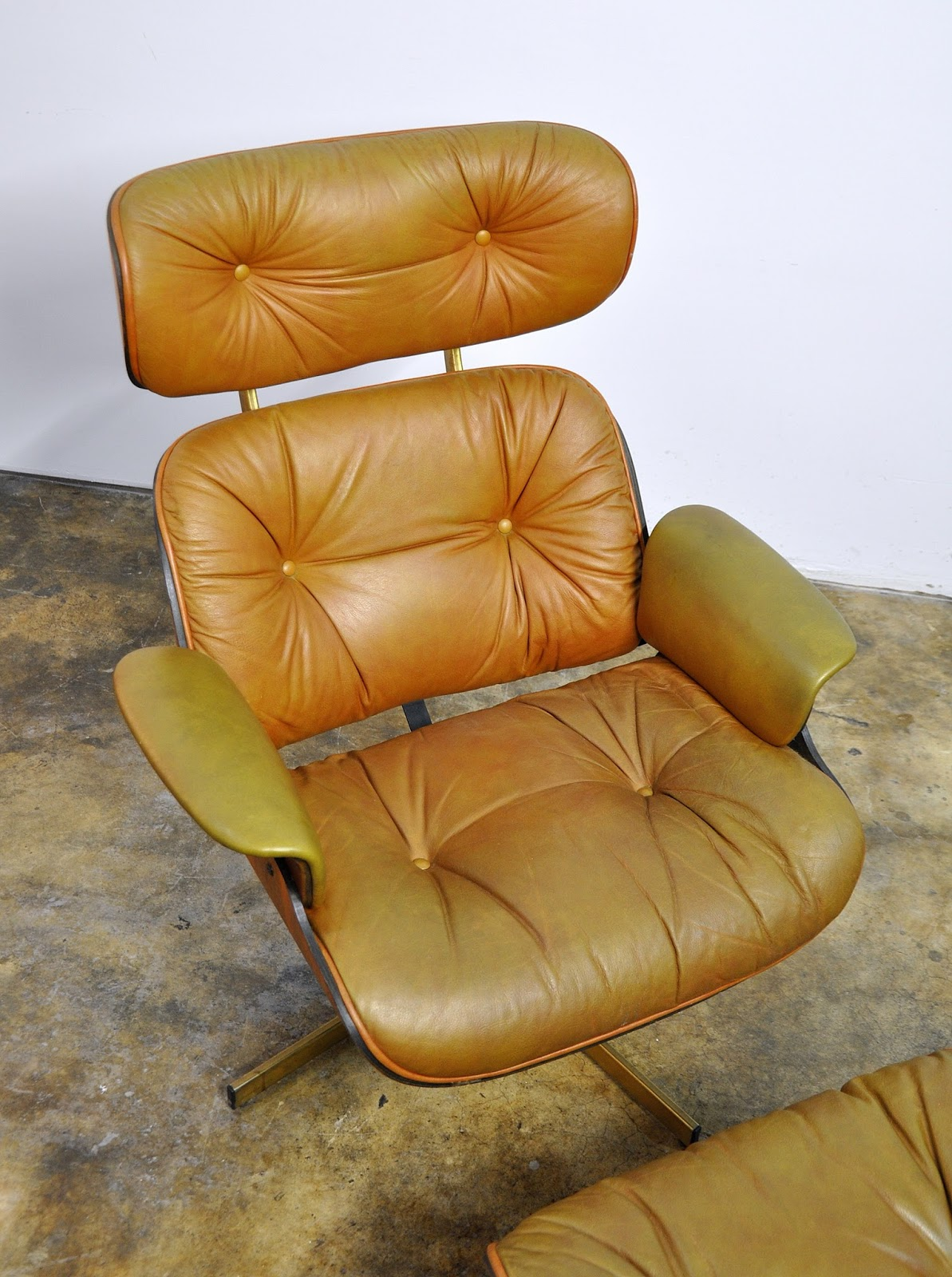 selig eames chair used lift chairs for sale select modern frank doerner style leather lounge