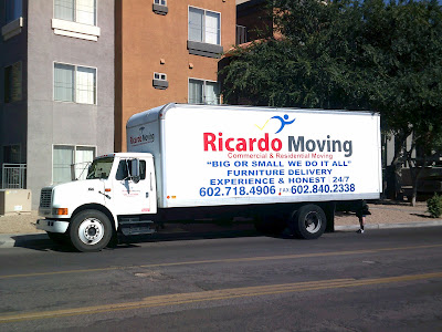 Ricardo Moving truck