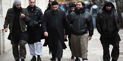 Setiap Muslim itu Bersaudara