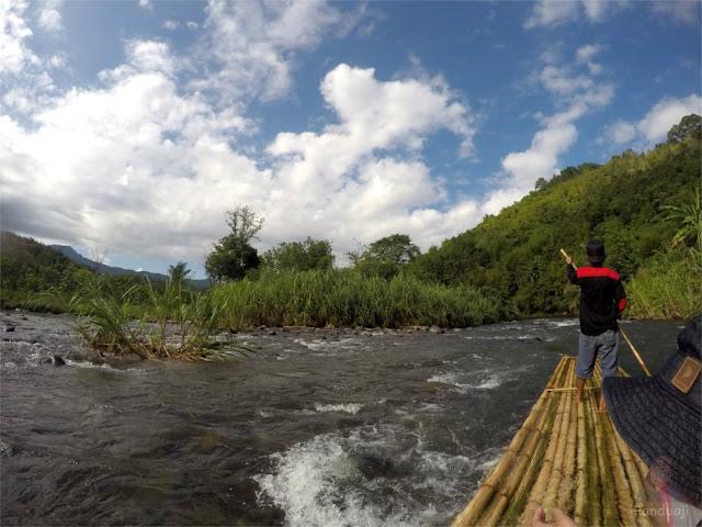 Rafting Bambu di Loksado