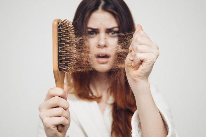 Causes Of Hair Loss And Solutions To Overcome This