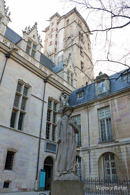 Torre de Felipe el Bueno de Dijon