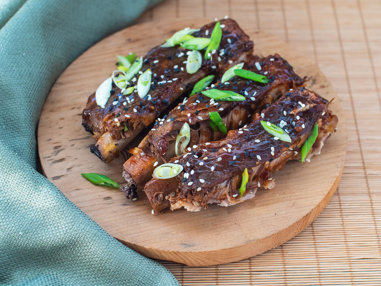 Sticky Asian BBQ pork ribs made in the slow cooker | Local Food Rocks