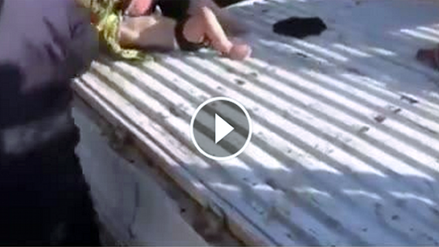 Biadab! Lihatlah Video Serangan Gas Beracun di Suriah Ini Sebelum Dihapus