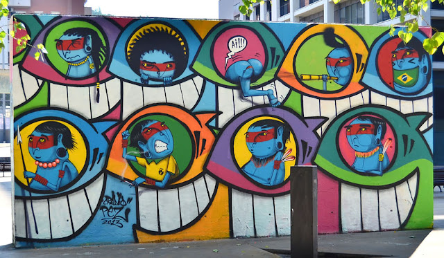 Street Art Collaboration Between PEZ and Cranio on the streets of Barcelona, Spain.