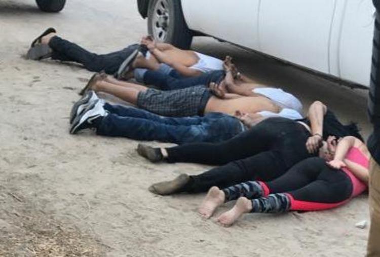 VIDEOS : Tras tiroteo en La Paz, BCS; reportan al menos seis sicarios detenidos