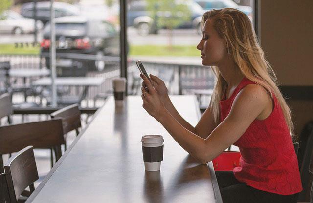 3 Cara Mudah Menulis di HP Android Buat Postingan Blog