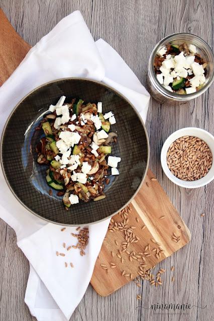 Rezept für Dinkelsalat mit Auberginen und Ziegenkäse