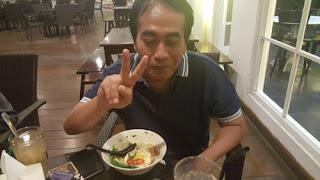 Matt Dolan di Bangi Kopitiam Retawu, Malang