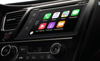 Mobil tidak hanya di lengkapi fitur Apple CarPlay, sebuah fitur yang dirancang untuk memberikan pengguna iPhone nyaman saat mengemudi, tetapi juga fitur Android Auto.
