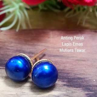 Giwang Perak Lapis Emas Mutiara Tawar Lombok