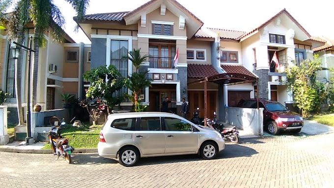 Rumah Lux 2 Lantai dalam Perumahan Mewah Kawasan Elite Exclusive Palagan km 7 utara Hotel HYATT