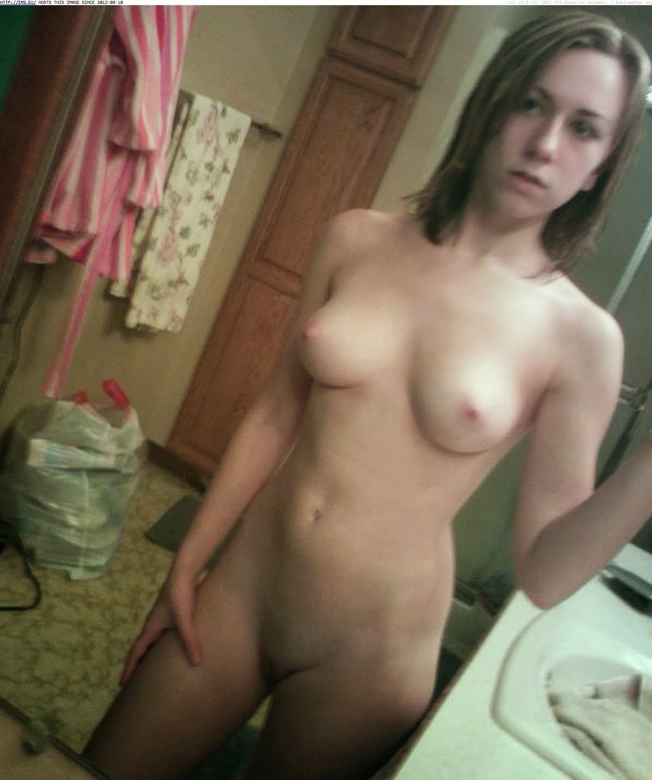 Teen big hips naked