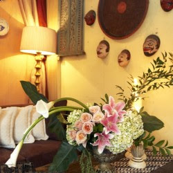 dekorasi bunga di ruang tamu | rumah saya
