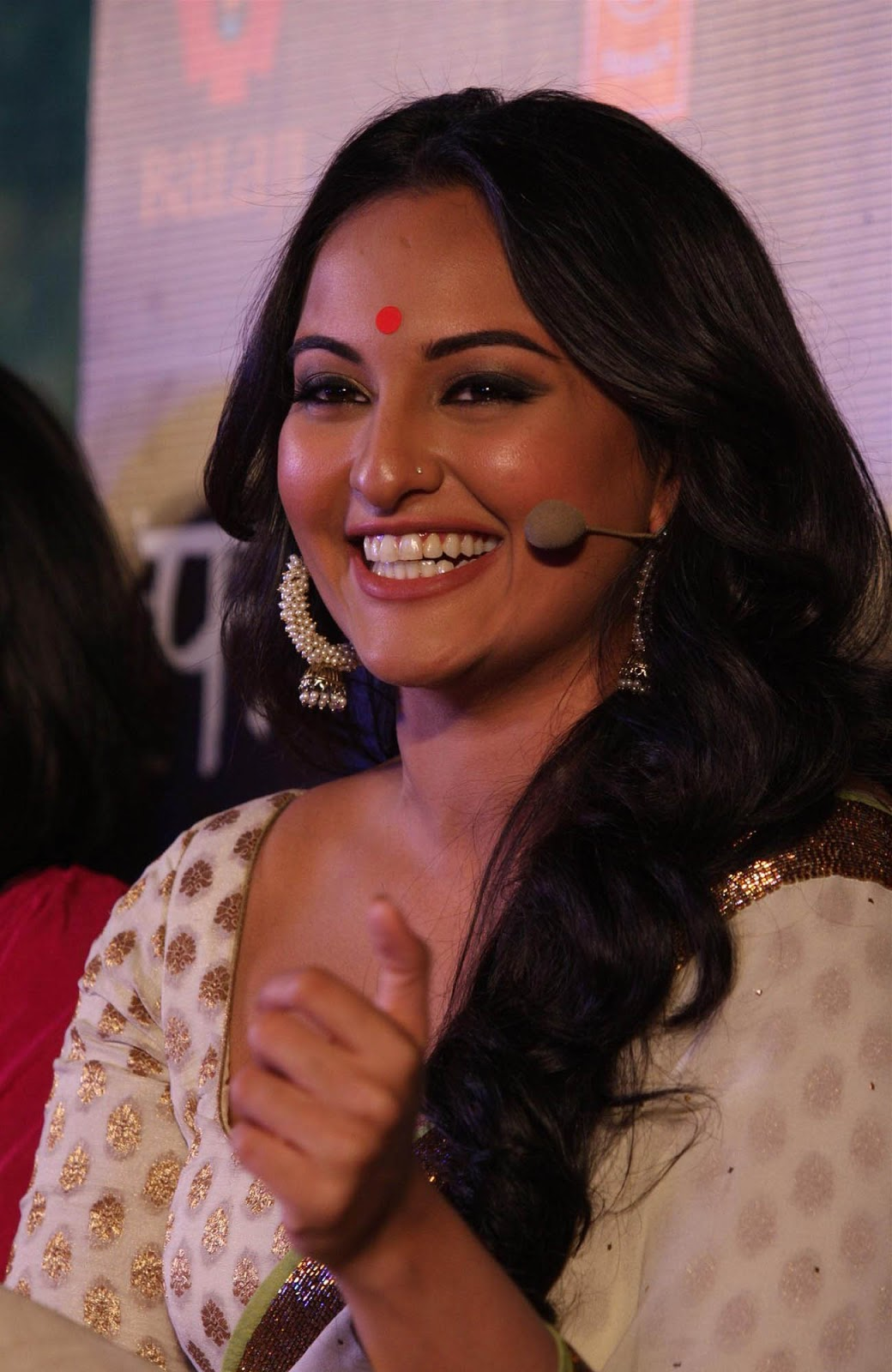 sonakshi sinha latest hd wallpapers - photo #7