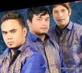 Lirik Batak Percuma Do De'fama Trio