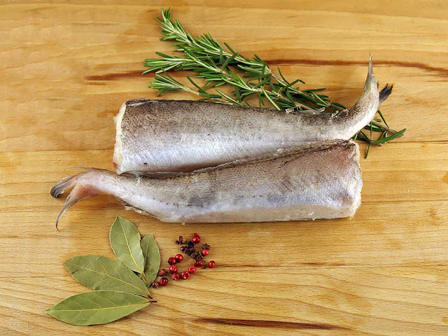 Тефтели рыбные в томате