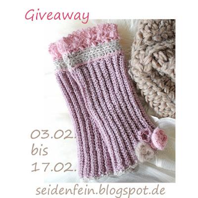 http://seidenfein.blogspot.de/2016/02/giveaway-handstulpen-mit-perlchen-und.html