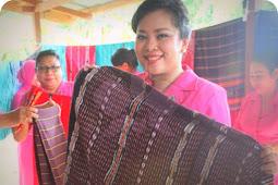 Tanimbar Weaving Fabrics Should Be Promoted