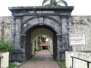 wisata bengkulu benteng marlborough