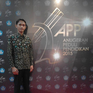 Agus Dwianto-Teacher, Blogger, Trainer, Penerima Anugerah Peduli Pendidikan Tahun 2015