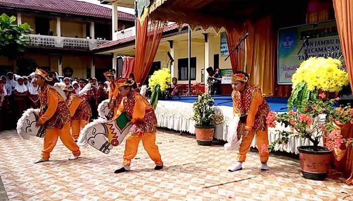 Tari Kuda Gepang, Tarian Tradisional Dari Kalimantan Selatan