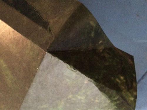 hoek vouwen behangpapier