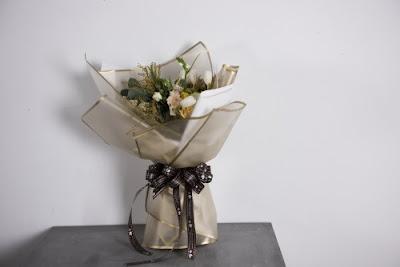 Kertas Buket Bunga / Flower Bouquet Wrapping Paper (Seri WM Bingkai)