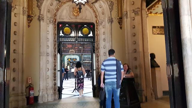Blog Apaixonados por Viagens - O que fazer no Rio - Real Gabinete Português de Leitura
