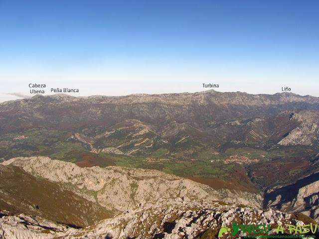 Vista del Cabeza Ubena, Turbina y Liño desde el Cuetón