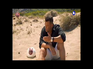 Survival-o-Kwstas-Sommer-epistrefei-se-nees-peripeteies
