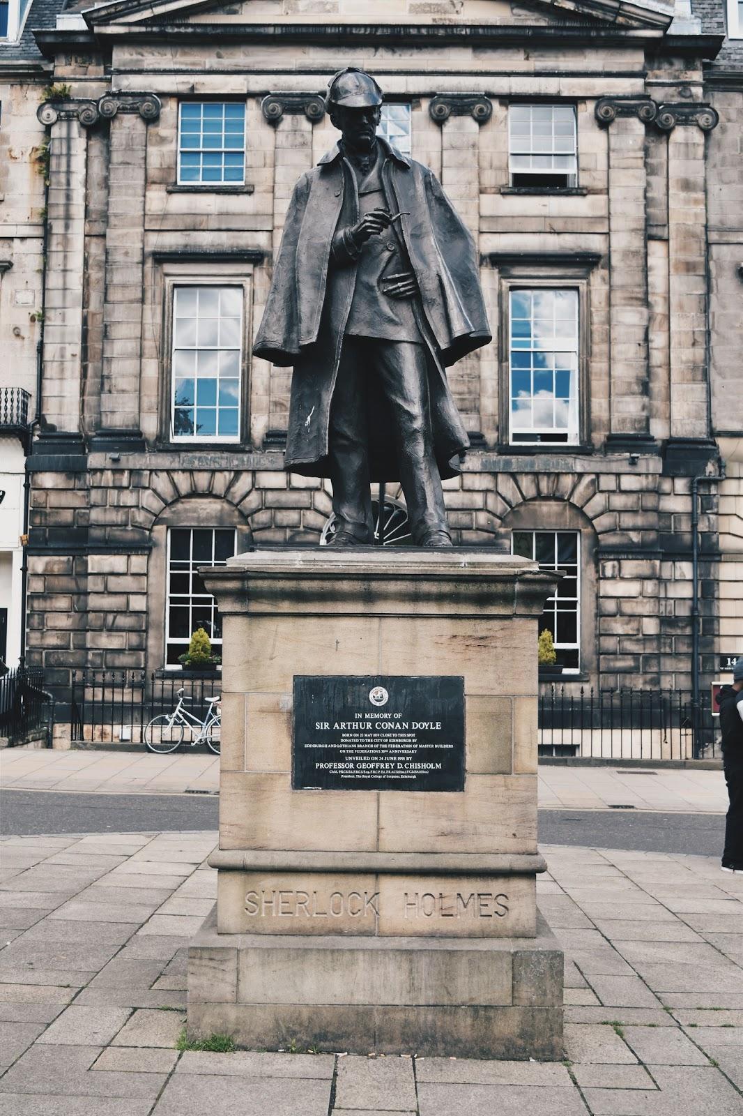 Sherlock Holmes, Arthur Conan Doyle, Scotland, Edinburgh, Szkocja, Edynburg, wycieczka, pomnik Sherlocka