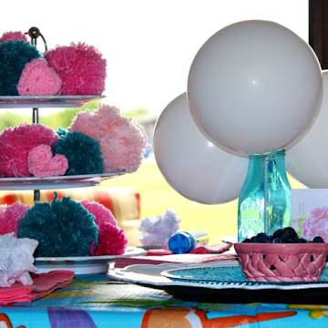 Balloons and Pompoms Al Fresco Tablescape