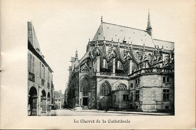 Photo de Moulins, Allier. Le Chevet de la Cathédrale