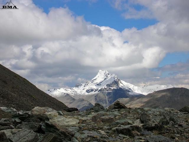 Stammerspitze Gipfel bei Samnaun wanderblog best-mountain-artists