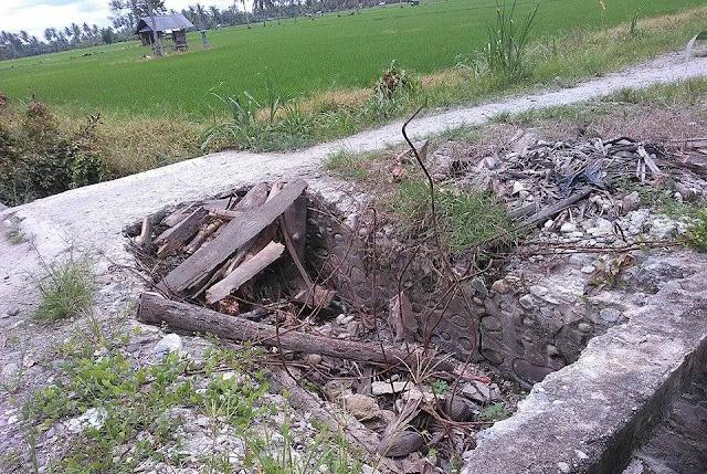 Plat Deker Dusun Sumber Ase Rusak Parah