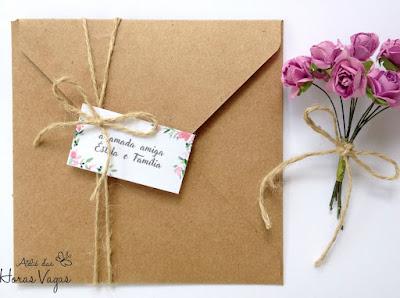 convite artesanal personalizado aniversário infantil 15 anos casamento moderno rústico floral aquarelado boho chic envelope papel kraft quadrado fita sisal noiva convite diferente delicado sofisticado papelaria personalizada
