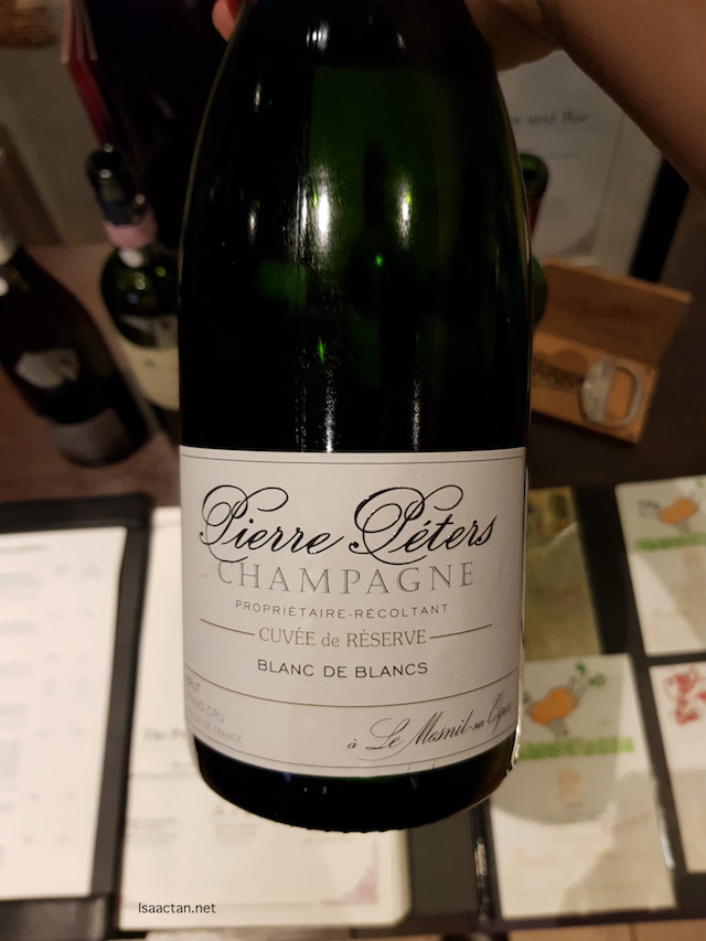 This was the welcome drink at the start of our meal - Pierre Peters Cuvee de Resrve  Grand Cru