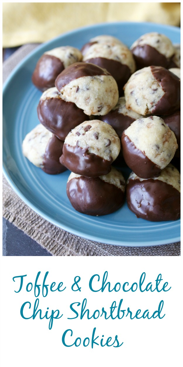 Toffee and Chocolate Chip Shortbread Cookies #cookies #chocolatechip #toffee #heathbar