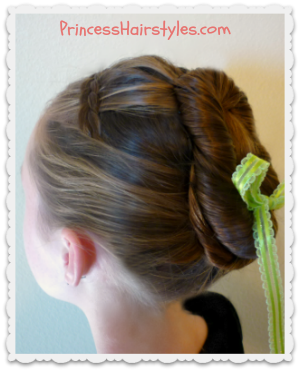 Disney Frozen Hair Tutorial (Anna Coronation)