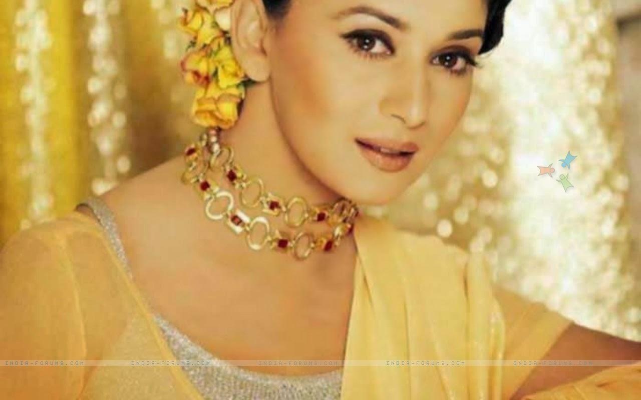 Katrina Kaif Madhuri Dixit Desktop Wallpapers-8553