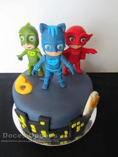 fondant cake PJ Masks sugarpaste